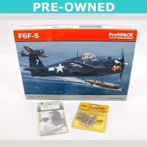 Grumman F6F-5 'ProfiPACK' PLUS accessories